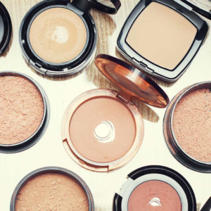 FACE POWDER & COMPACT MAKING COURSE